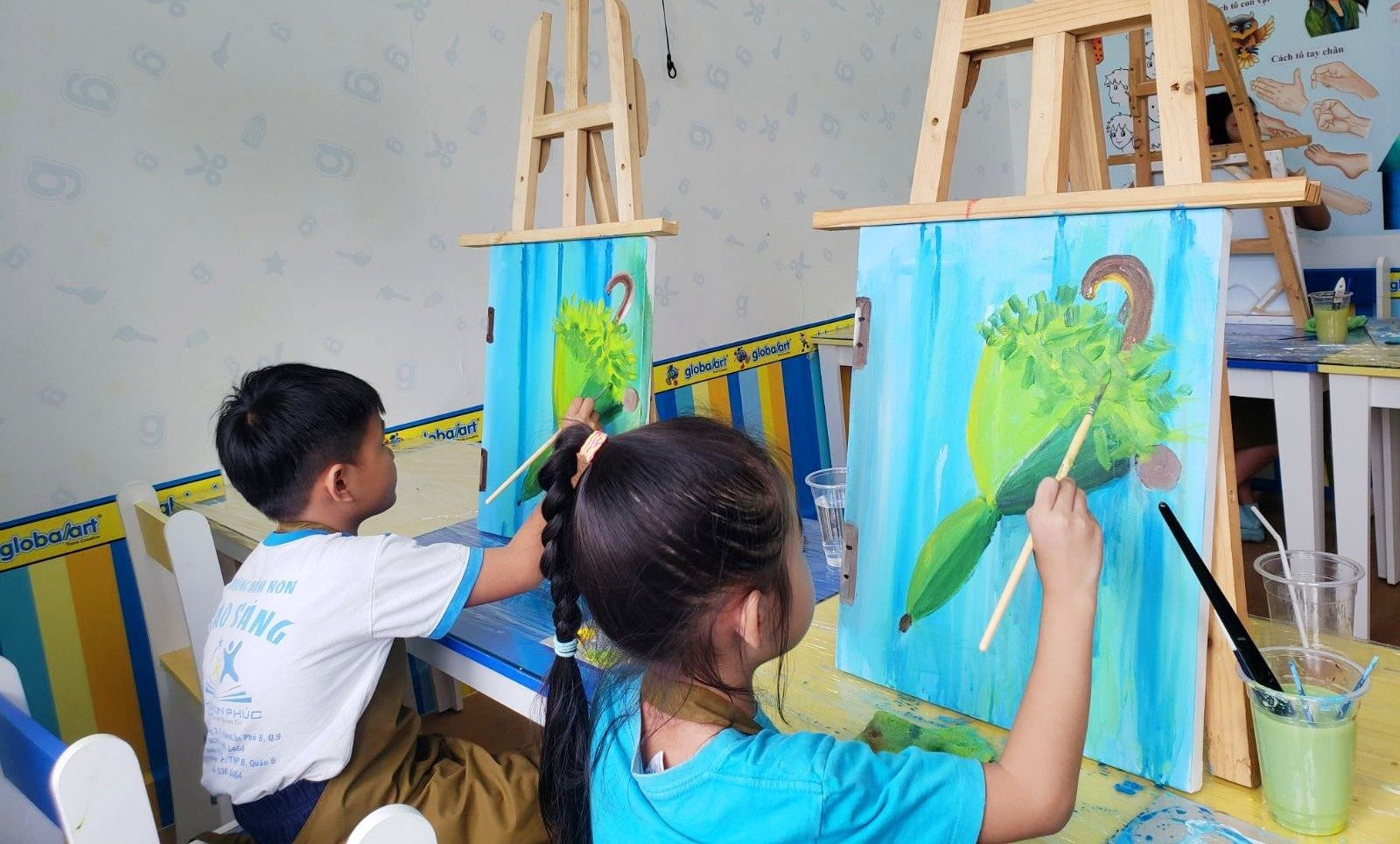 Painting class at Global Art