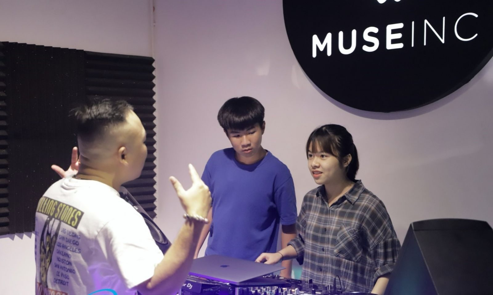 Music class at Muse In