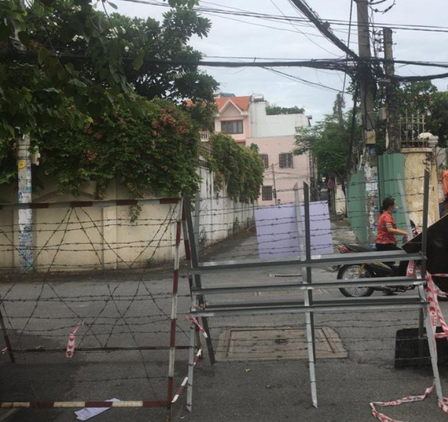 Another photo of lockdown area in Thao Dien - District 2