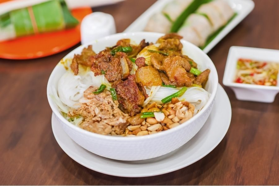 Bun Thit Nuong Hue Grilled Pork Noodle