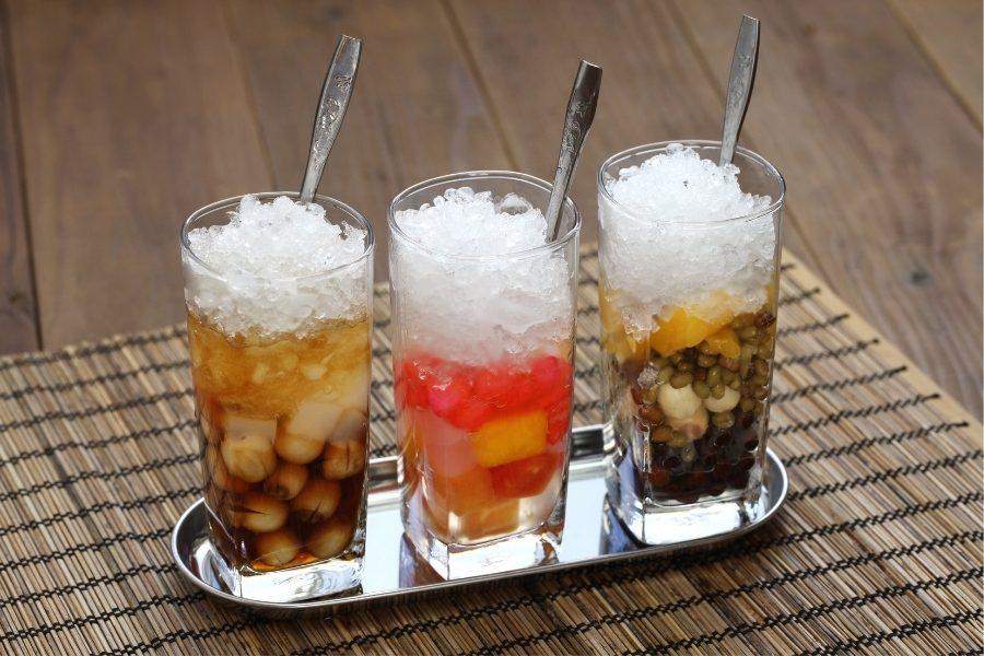 Vietnamese cold sweet dessert soup