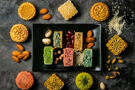 Mid-Autumn Festival in Vietnam: Myths, Mooncakes and More
