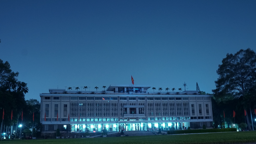 Reunification Palace in the early evening
