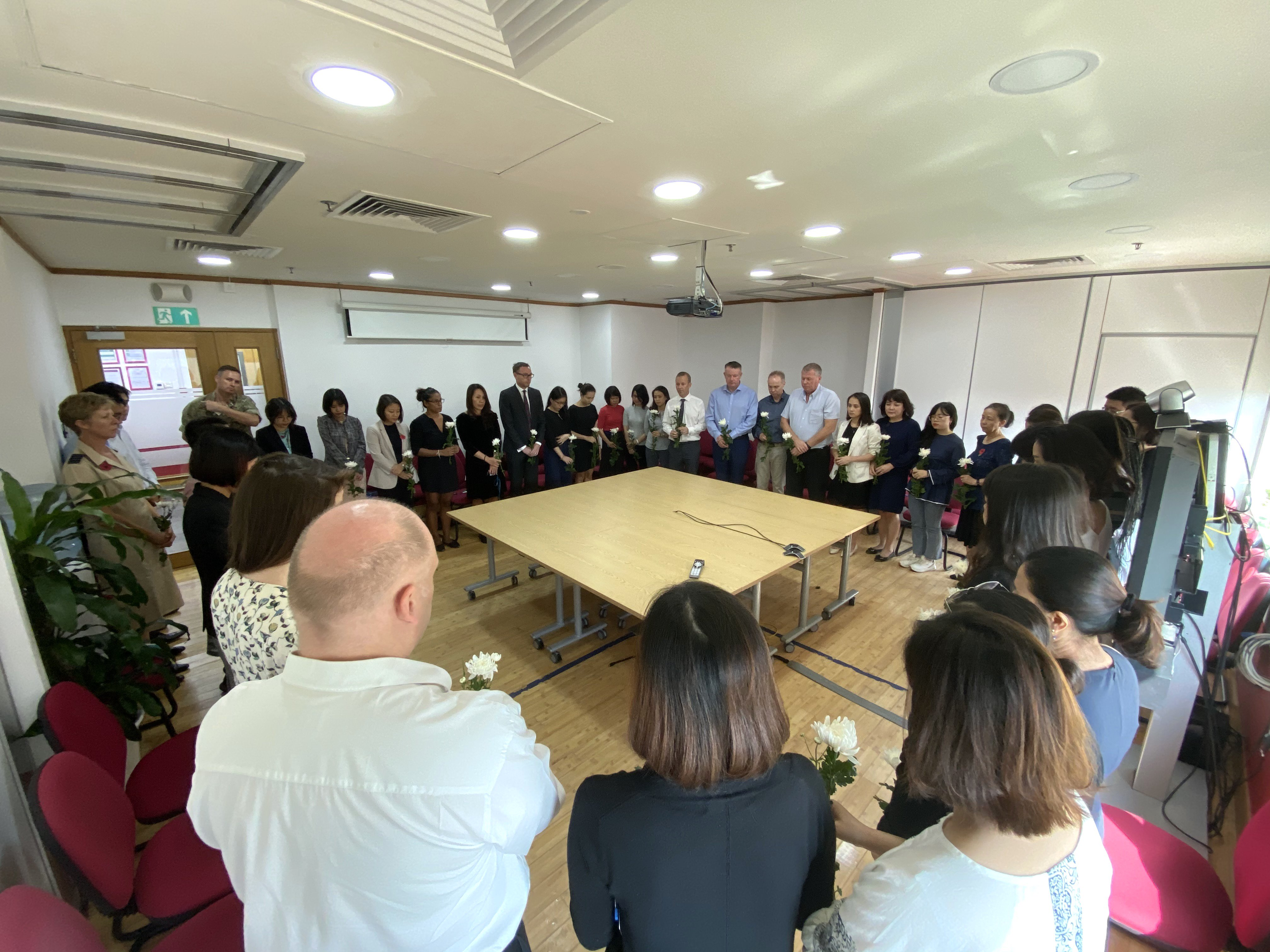 UK embassy in Hanoi holds minute's silence to honor Essex victims