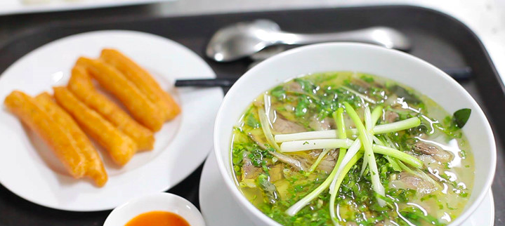 The undying traditional dish of the Vietnamese - Pho