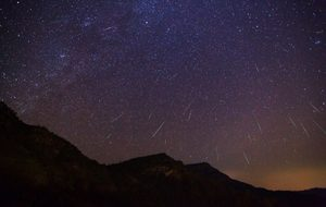 Strongest meteor shower of 2020 peaking in the sky above you, in Vietnam or elsewhere