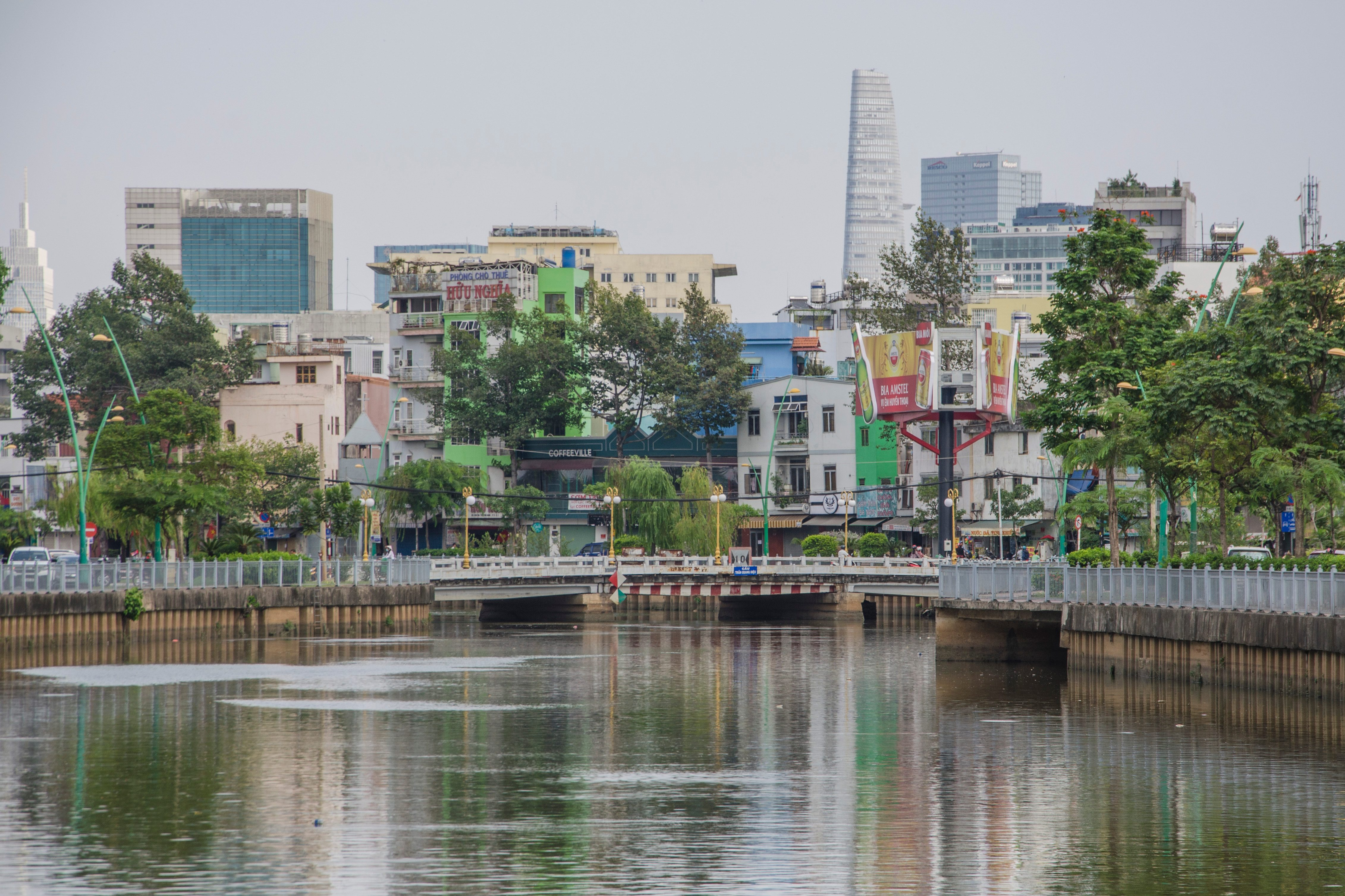 Saigon cleaning its major canal for $1.5 million